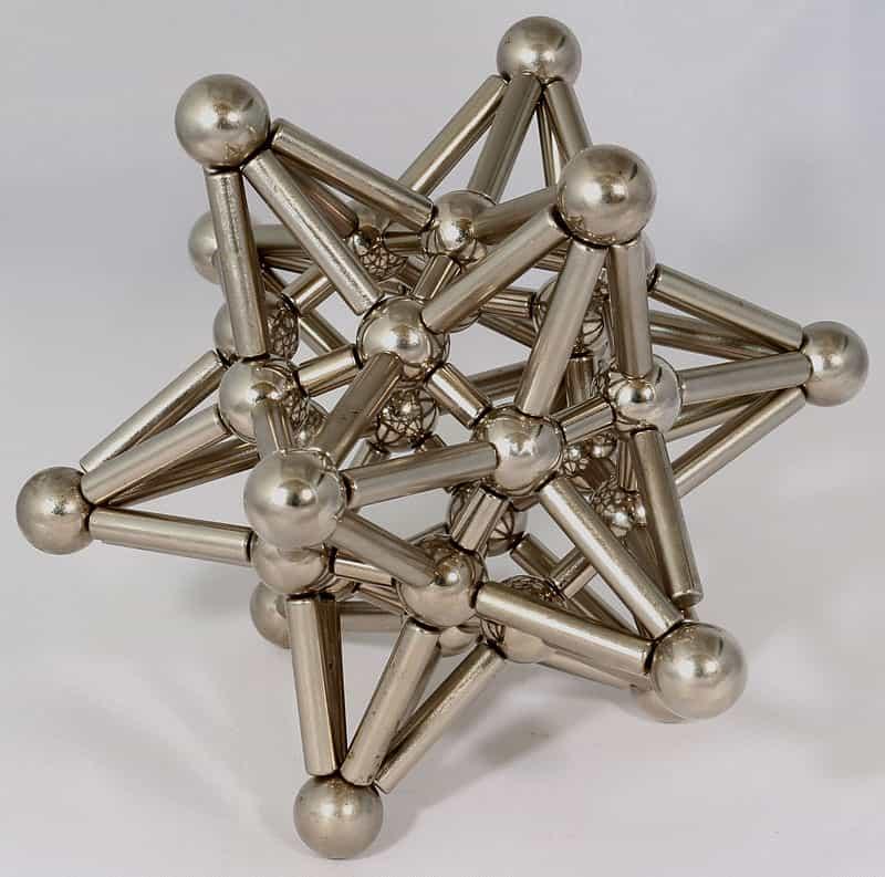 Игрушка-конструктор из неодимовых шарообразных и цилиндрических магнитов