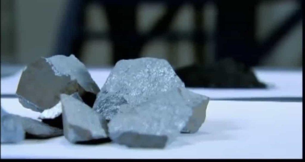 Почти понятно о магнетизме... тайная сила камня магнита 8