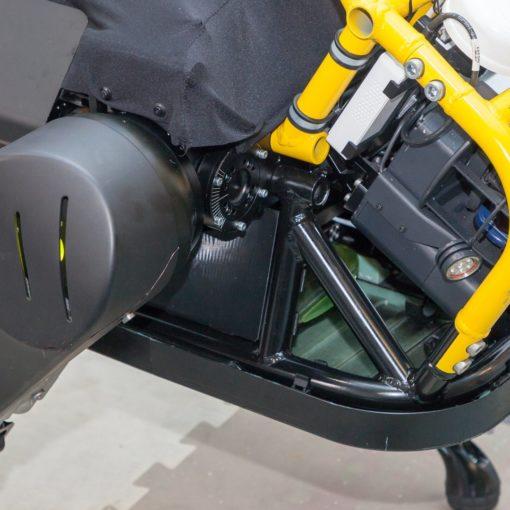 Италия. Новый робот может взять на буксир трёхтонный самолёт 5