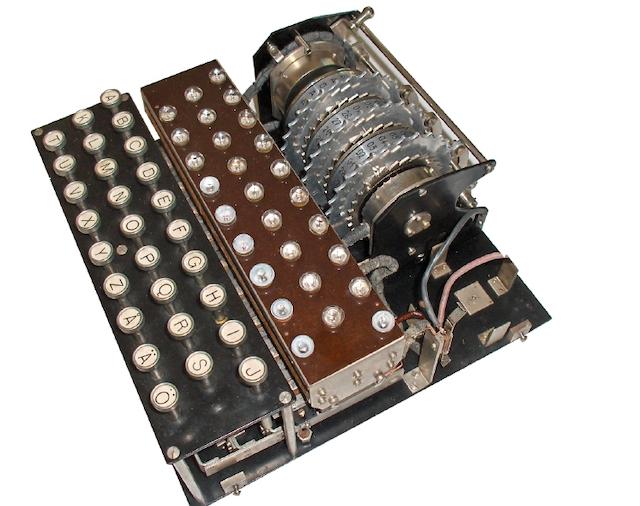История загадочной и легендарной шифровальной Enigma 13