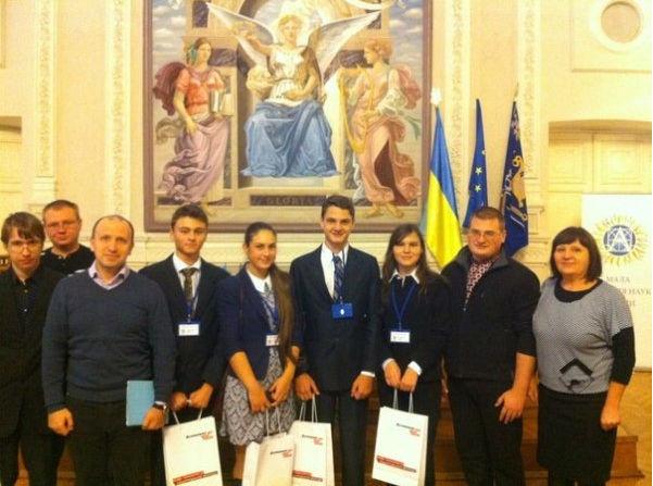 Украинского школьника в США признали гением... а на Родине? 3