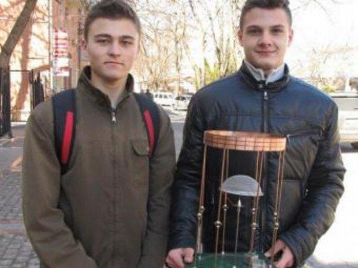 Украинского школьника в США признали гением... а на Родине? 5