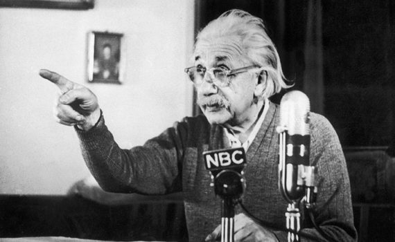 Ученые должны быть выше политики и вновь заявить о своей ценности для общества 12