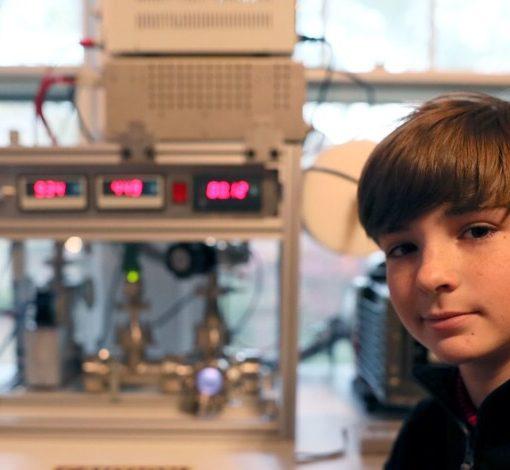13-летний подросток в своей комнате самостоятельно собрал термоядерный реактор 7