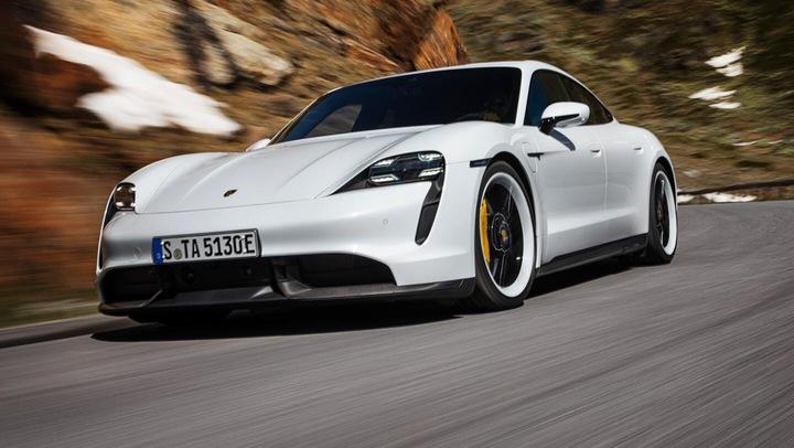 Porsche представила свой первый серийный электромобиль Taycan 2