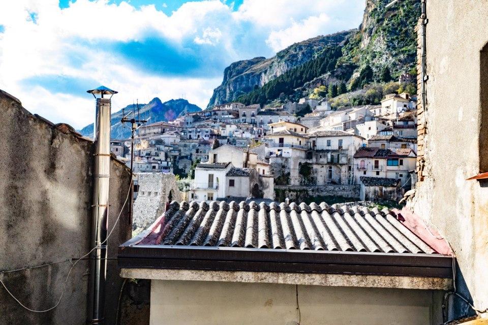 Томмазо Кампанелла и солнечные фото его Города 24