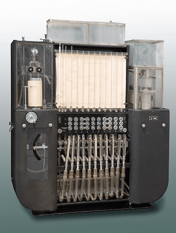 Водяной компьютер: гидроинтегратор Лукьянова 9