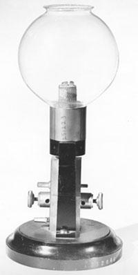 «Свеча Яблочкова» — прообраз современной электрической лампочки 8